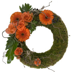 Moss-Wreath-With-Spray.jpg