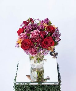 stylish-jar-of-seasonal-blooms-lush-lily-brisbane-florist
