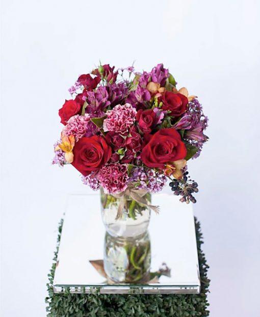 stylish-jar-of-seasonal-blooms-lush-lily-brisbane-florist