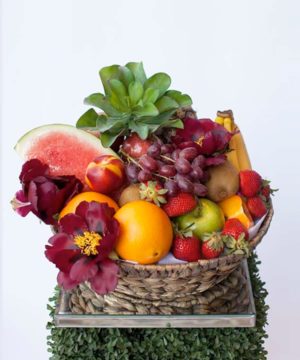 fresh-fruit-flower-hamper-the-lush-lily-brisbane-florist-flower-delivery