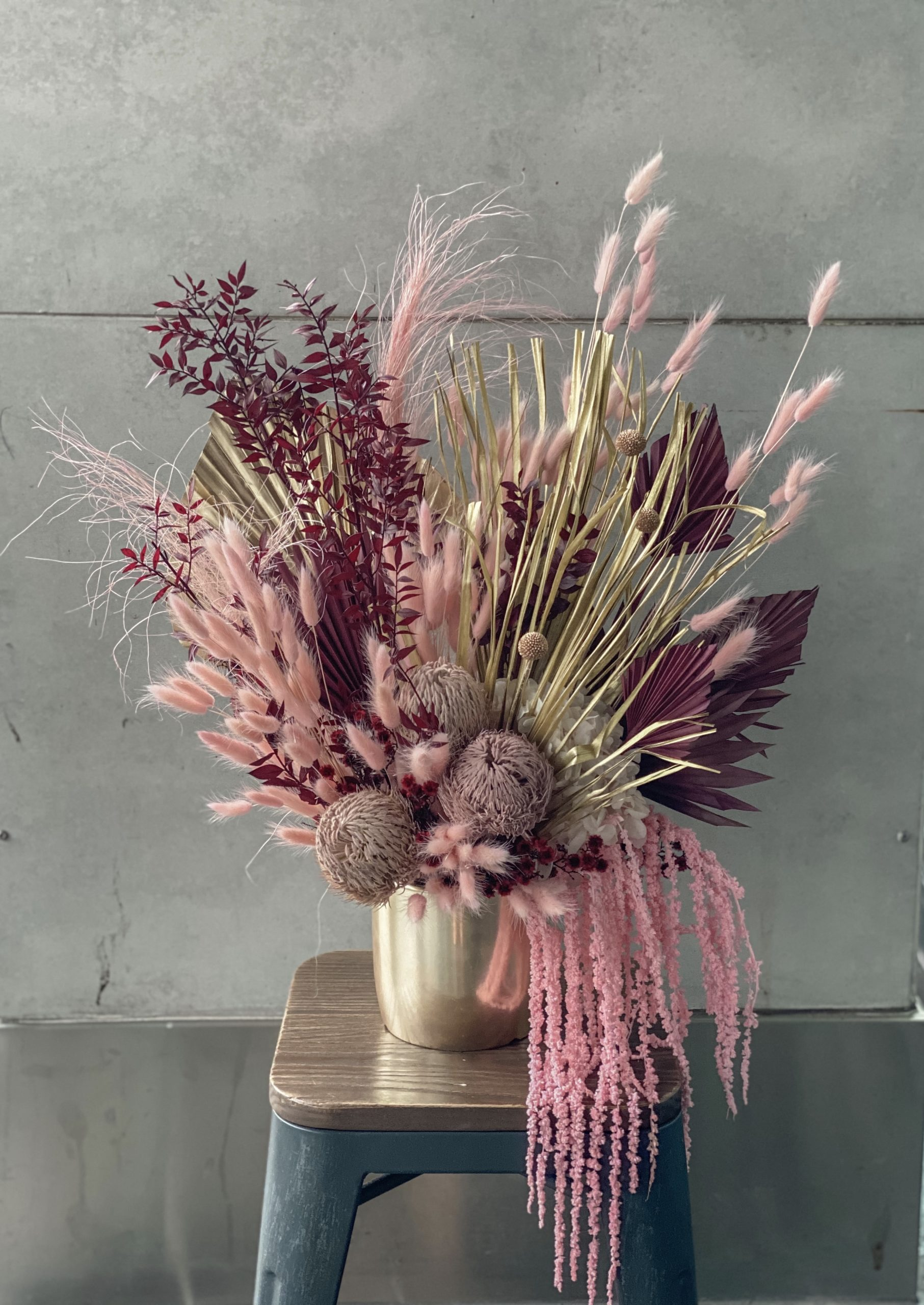 Large Dried Arrangement Pink Tones The Lush Lily Brisbane Florist Flower Delivery Carindale Loganholme Brisbane Buy Flowers Online